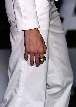 Diane von Furstenberg Spring 2005 Ready-to-Wear Detail 0001