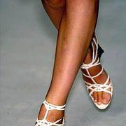 Donna Karan Spring 2005 Ready-to-Wear Detail 0001
