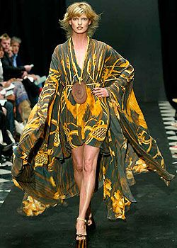 Giles Spring 2005 Ready-to-Wear Collections 0001