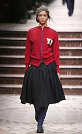 Yohji Yamamoto Fall 2002 Ready-to-Wear Collection 0001