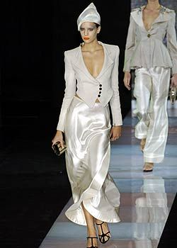 Giorgio Armani Spring 2005 Ready-to-Wear Collections 0001