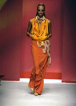 Pollini Spring 2005 Ready-to-Wear Collections 0001