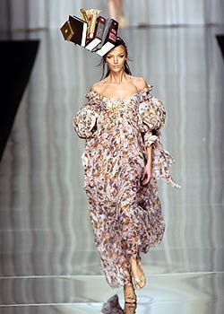 Antonio Berardi Spring 2005 Ready-to-Wear Collections 0001