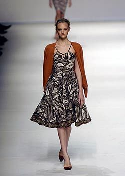 Max Mara Spring 2005 Ready-to-Wear Collections 0001