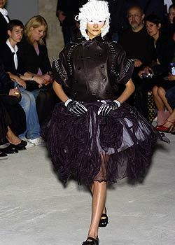 Comme des Garcons Spring 2005 Ready-to-Wear Collections 0001