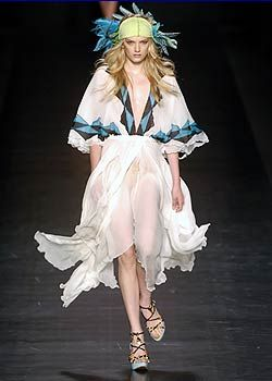 Etro Spring 2005 Ready-to-Wear Collections 0001