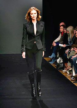 Giles Fall 2005 Ready-to-Wear Collections 0001