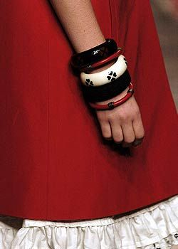 Moschino Spring 2005 Ready-to-Wear Detail 0001