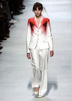 Issey Miyake Spring 2005 Ready-to-Wear Collections 0001