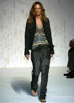 Atsuro Tayama Spring 2005 Ready-to-Wear Collections 0001