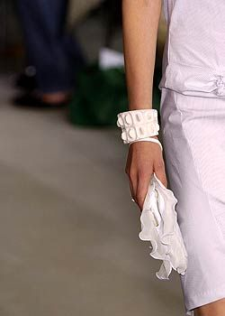 Helmut Lang Spring 2005 Ready-to-Wear Detail 0001