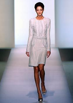 Rochas Spring 2005 Ready-to-Wear Collections 0001