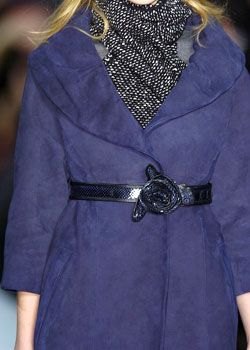 Marc Jacobs Fall 2005 Ready-to-Wear Detail 0001