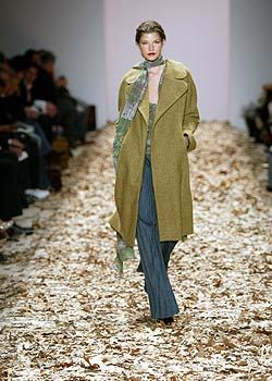 Esteban Cortazar Fall 2005 Ready-to-Wear Collections 0001