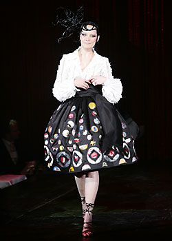 Franck Sorbier Spring 2005 Haute Couture Collections 0001