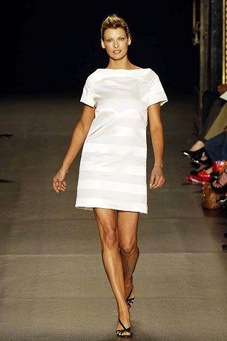 Clothing, Sleeve, Human leg, Shoulder, Dress, Joint, White, Standing, Formal wear, Style,