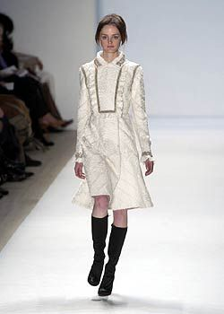 J. Mendel Fall 2005 Ready-to-Wear Collections 0001