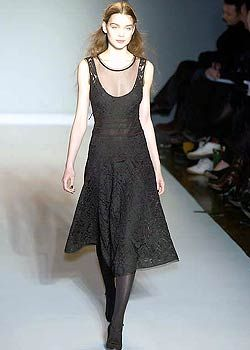 Nicole Farhi Fall 2005 Ready-to-Wear Collections 0001