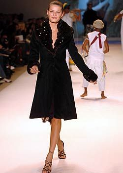 Carlos Miele Fall 2005 Ready-to-Wear Collections 0001