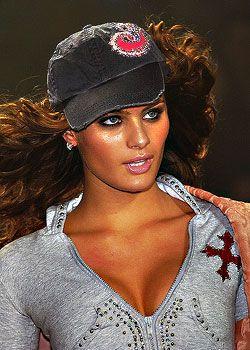 Jennifer Lopez Fall 2005 Ready-to-Wear Detail 0001