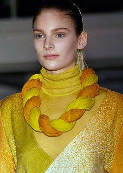 Jonathan Saunders Fall 2005 Ready-to-Wear Detail 0001