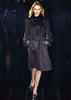 La Perla Fall 2005 Ready-to-Wear Collections 0001
