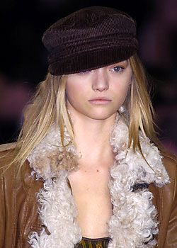 Burberry Prorsum Fall 2005 Ready-to-Wear Detail 0001