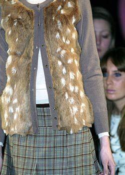 Pringle of Scotland Fall 2005 Ready-to-Wear Detail 0001