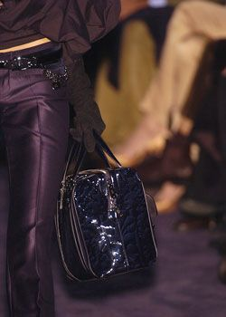 Gucci Fall 2005 Ready-to-Wear Detail 0001