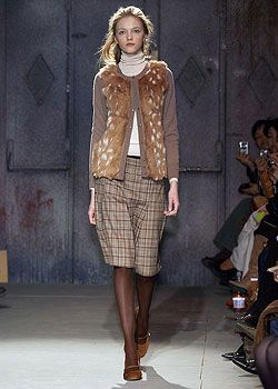 Pringle of Scotland Fall 2005 Ready-to-Wear Collections 0001