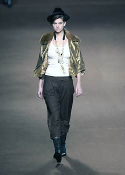Sportmax Fall 2005 Ready-to-Wear Collections 0001
