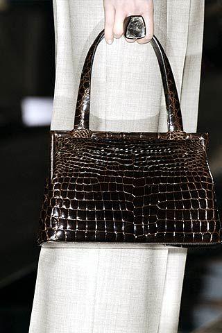Giorgio Armani Privè Spring 2006 Haute Couture Detail 0001