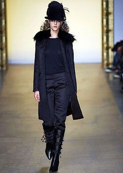 Gibo Fall 2005 Ready-to-Wear Collections 0001