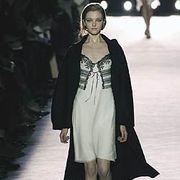 Nina Ricci Fall 2005 Ready-to-Wear Collections 0001