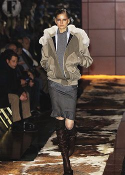 Gianfranco Ferre Fall 2005 Ready-to-Wear Collections 0001