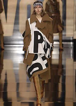 Vivienne Westwood Fall 2005 Ready-to-Wear Collections 0001