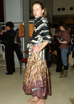 Vivienne Westwood Fall 2005 Ready-to-Wear Backstage 0001