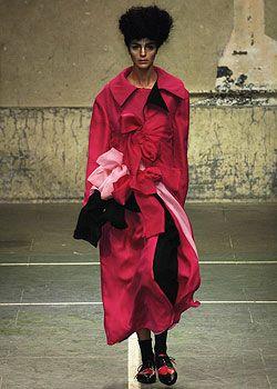 Yohji Yamamoto Fall 2005 Ready-to-Wear Collections 0001