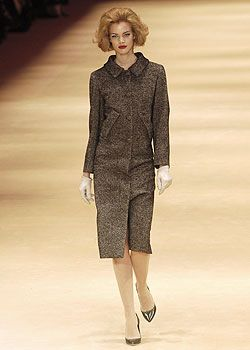 Alexander McQueen Fall 2005 Ready-to-Wear Collections 0001