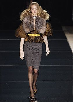 Christian Lacroix Fall 2005 Ready-to-Wear Collections 0001
