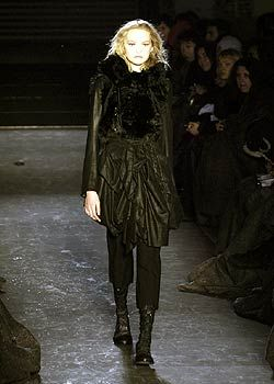 Ann Demeulemeester Fall 2005 Ready-to-Wear Collections 0001