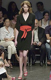 Diane von Furstenberg Spring 2002 Ready-to-Wear Collection 0001