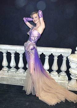 Hairstyle, Human body, Dress, Formal wear, Beauty, Fashion, Gown, Purple, Trunk, Abdomen,