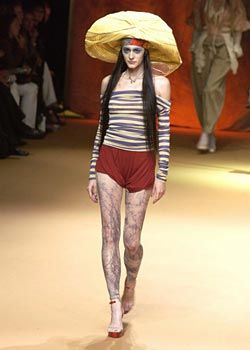 Jean Paul Gaultier Spring 2003 Ready-to-Wear Collection 0001