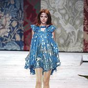 Kenzo Fall 2005 Ready-to-Wear Collections 0001