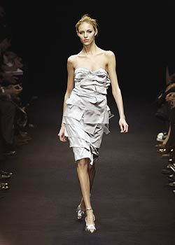 Paco Rabanne Fall 2005 Ready-to-Wear Collections 0001