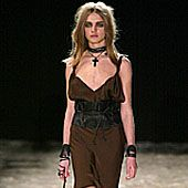 Gucci Fall 2002 Ready-to-Wear Collection 0001