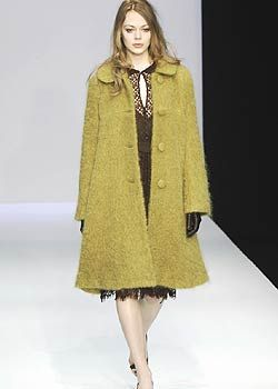 Collette Dinnigan Fall 2005 Ready-to-Wear Collections 0001