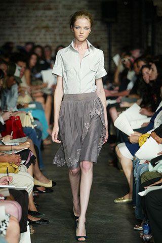 Clothing, Footwear, Leg, Human body, Event, Human leg, Shoulder, Fashion show, Joint, Style,