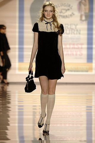 Blugirl Fall 2006 Ready-to-Wear Collections 0001